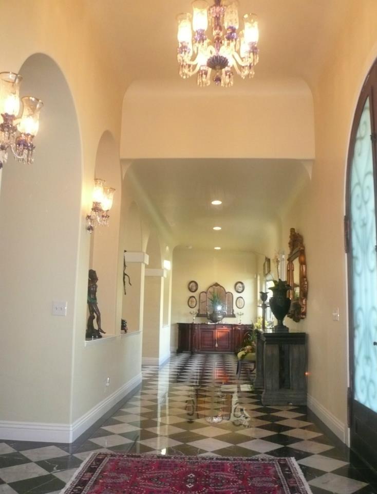 hallway-2.jpg