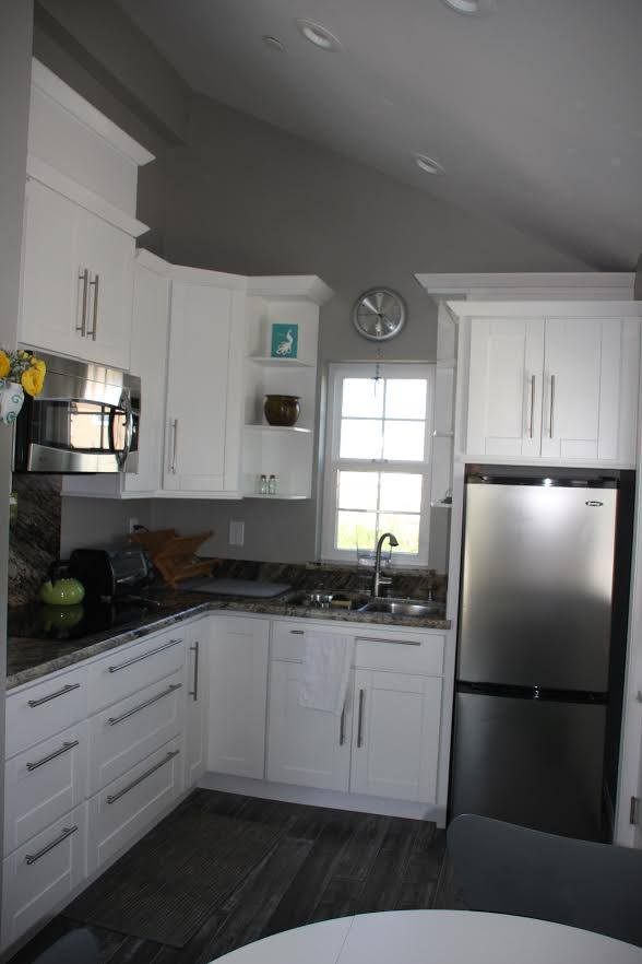Livermore-motherinlawovergarage-kitchen.jpg