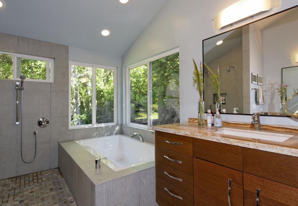 bath3 modern.jpg