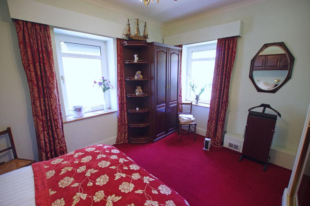bed-view-corner2.jpg