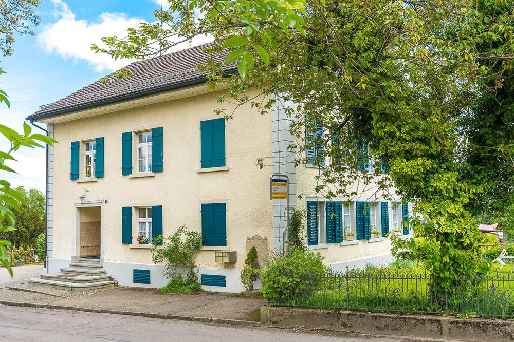 Im Schulhaus Lanterswil gehen Schülerinnen und Schüler von der 4. bis zur 6. Klasse zur Schule.