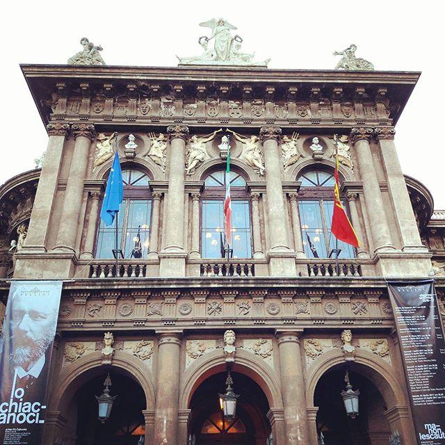 Stiamo per entrare  #schiaccianoci  #ballet  #teatromassimobellini  #notabilis