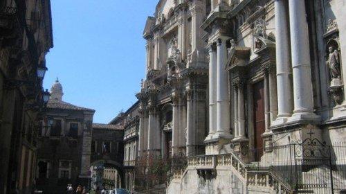 ex+convento+dei+Crociferi+di+Catania.jpg