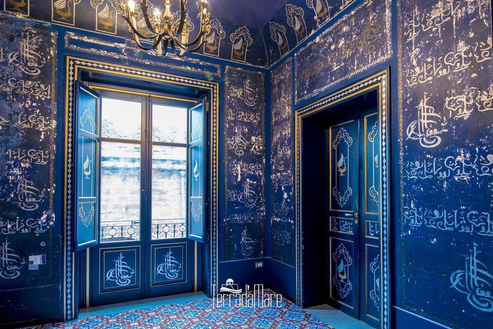 notte blu camera delle meraviglie.jpg