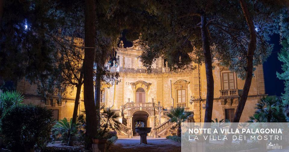 notte a villa palagonia.jpg