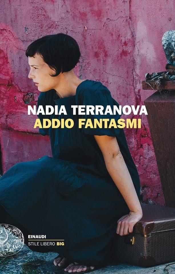 nadia terranova in libreria.jpg