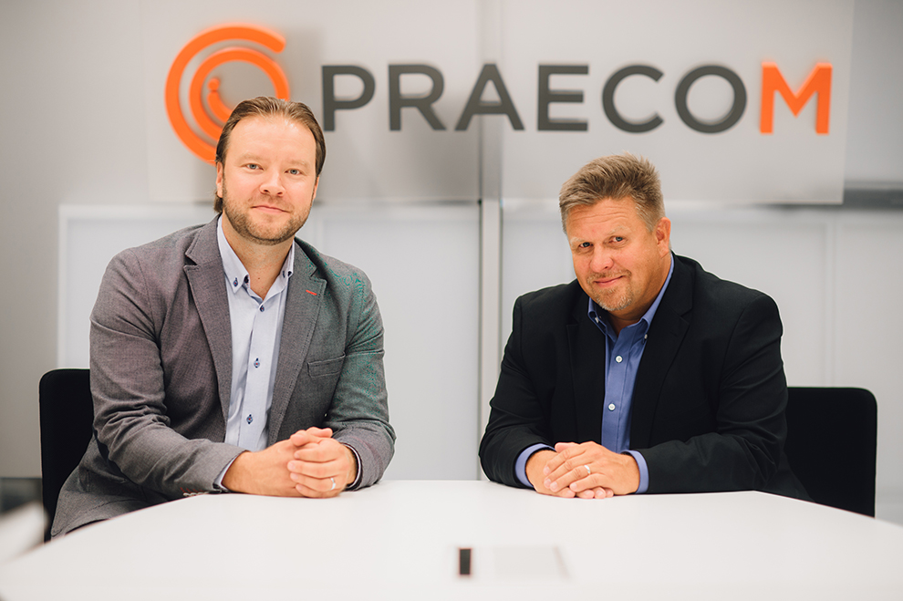 Kuvassa Miika Liljedahl (oik) ja Juha Elonen (vas)
