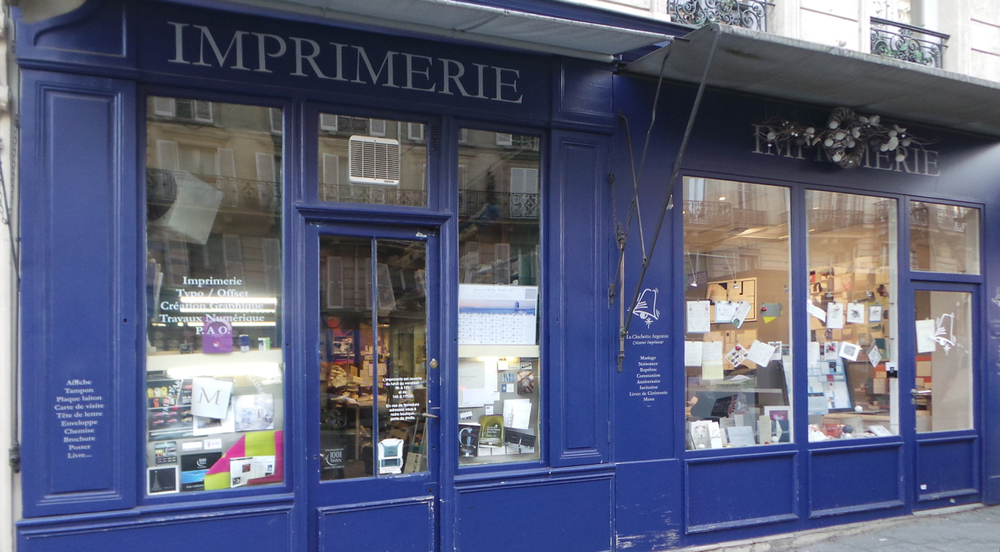 La clochette argentée imprimeur créateur faire-part sur-mesure mariage naissance vitrine papeterie boutique paris