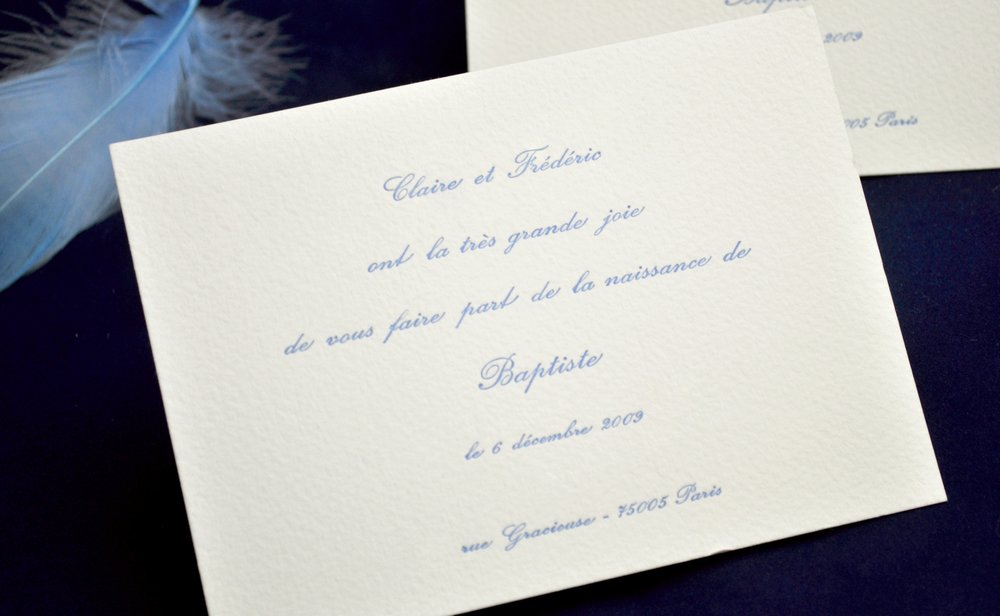 Faire-part announcement naissance Paris papiersur-mesure création tradition classique archescouleurs personnalisable créatif illustration floral chic dorure thème impression letterpress gaufrage