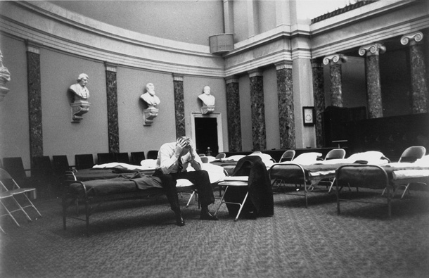 Cots in the U.S. Senate, 1960. Source: Senate.gov