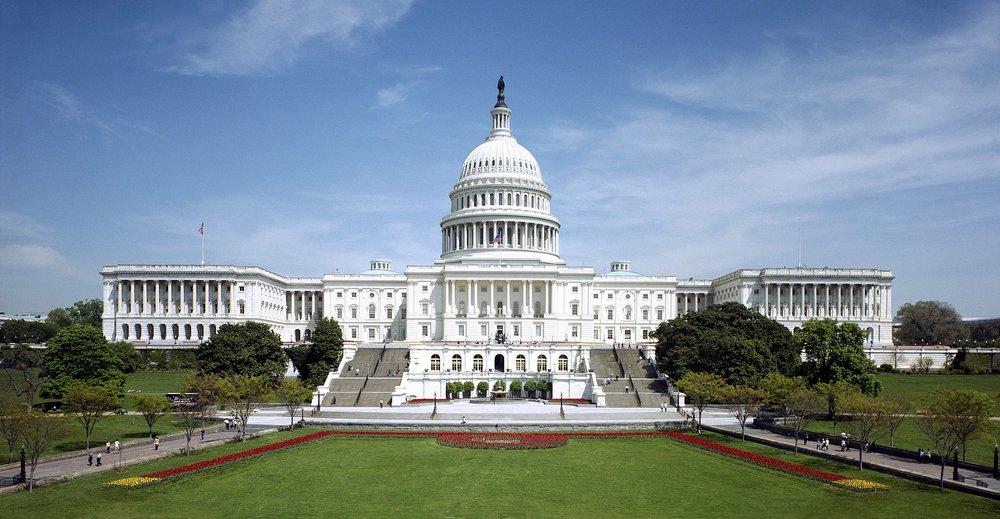 Capitol_-_west_front.jpg