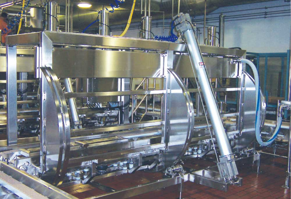 Fully Automated Cheese Barrel and Block Tip Presses - Whey Removal and Recovery Drip Pan and Vacuum Systems
