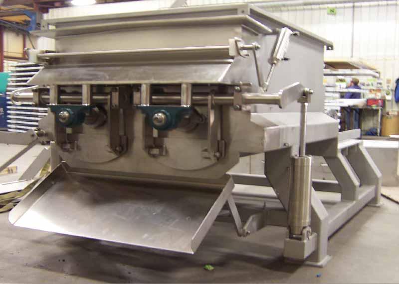 Sanitary+Blender+-+Automated+Discharge+Gates.jpg