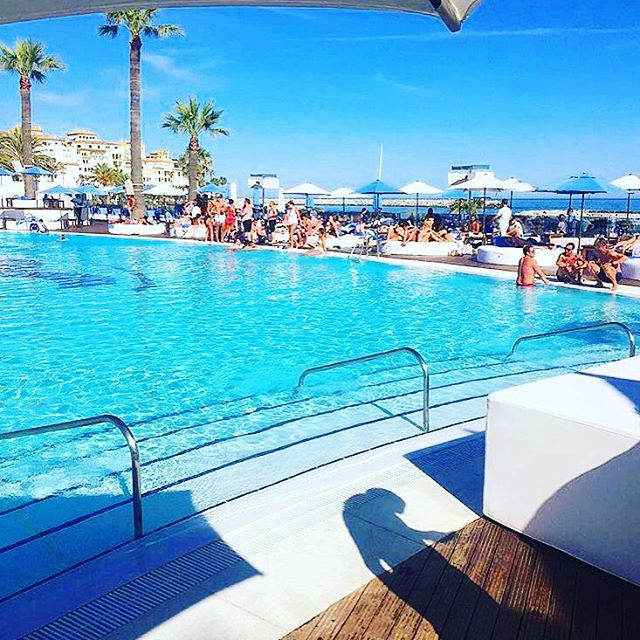 Marbella's very own pool paradise! _____________________________________________  Party here & secure your daybed & drinks - tap link in our bio for your availability... _____________________________________________ #Spain #Euro2016 #Marbella #OceanBeach #daybeds #cabana #EDC #incentivetravel #PhotoOfTheDay #PoolParty #Happy #Beautiful #Like #Fun #Smile #Friends #Instadaily #corporatetravel #Instalike #Cool #Style #Sun #Instacool #Shoutout #Amazing  #luxuryretreat #LuxuryTravel #LivingTheDream #TrulyVisit #BusinessAsUsual 🎉