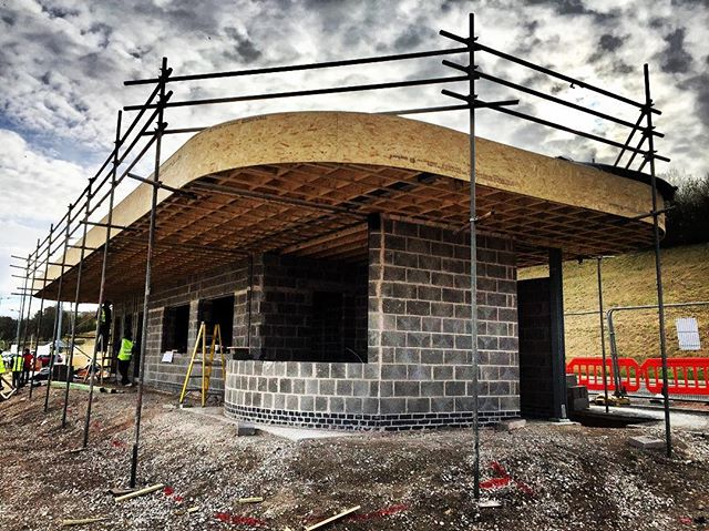 Works to a new Concession building we're involved with progressing well. Part of a regeneration scheme to Colwyn Bay promenade #colwynbaypromenade #colwynbaybeach #NewBuild #GeorgeTomos #Penseiri #Architects #Architecture #Cymru #Wales
