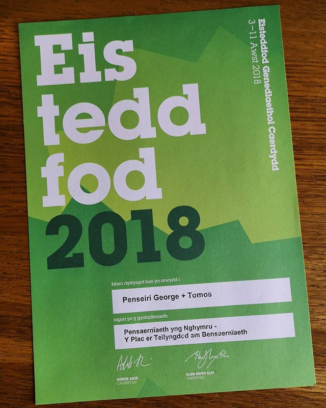 George+Tomos were presented with the 'National Eisteddfod of Wales Award for Architecture' on Saturday at a community song & evening meal. Great to see the community service centre & cafe doing so well.  Cyflwynwyd gwobr 'Eisteddfod Genedlaethol Cymru ar gyfer Pensaerniaeth' i ni yma yn George +Tomos nos Sadwrn fel rhan o noson canu cymunedol a swper. Enillwyd y wobr yn 2018 ar gyfer adeilad newydd Cletwr. Mae'n Wych gweld y ganolfan gwadanaethau cymunedol a'r caffi yn gwneud mor dda.  @cletwr #penseiri #gwobr #architecture #award #eisteddfod #Cletwr #2018 #Cafe #community #pensaer
