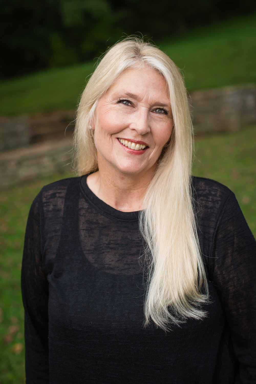 Deborah Williams  dental assistant, 39 years experience  Cpr certified