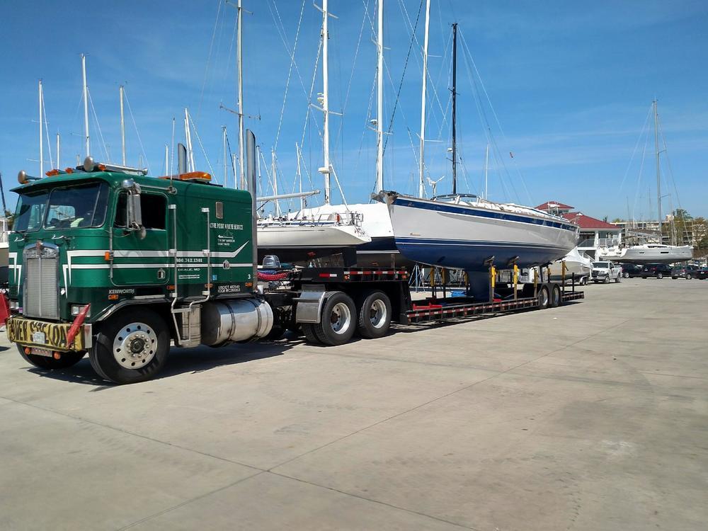 HR37boat.jpg