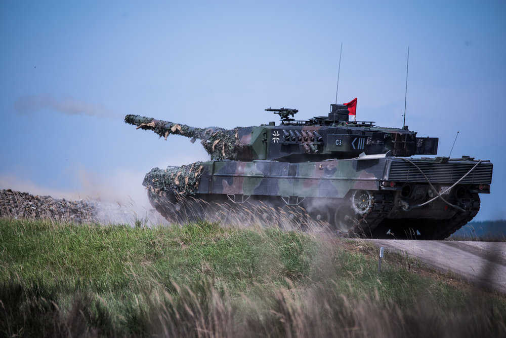 Un carro armato tedesco Leopard 2 durante le esercitazioni congiunte della NATO, CC 7th Army Training Command