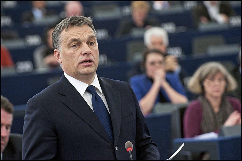 Viktor Orbán, convocato al Parlamento Europeo mercoledì 26 aprile per discutere dei procedimenti d'infrazione nei confronti dell'Ungheria.Foto:  Victor Orban during the debate on the political situation in Hungary  Licenza © European Union 2012 EP/Pietro Naj-Oleari