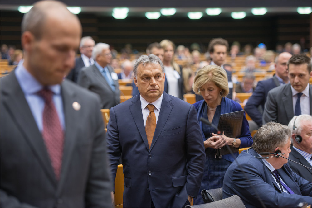 Viktor Orban durante la seduta del Parlamento Europeo dove l'Ungheria è stata messa sotto accusa dall'Unione Europea. Foto:European ParliamentLicenza: CC 2.0