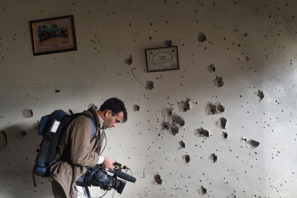 Il risultato di un attacco talebano ad una scuola pubblica a Peshawar, in Pakistan. Foto:Jordi Bernabeu FarrúsLicenza: CC 2.0