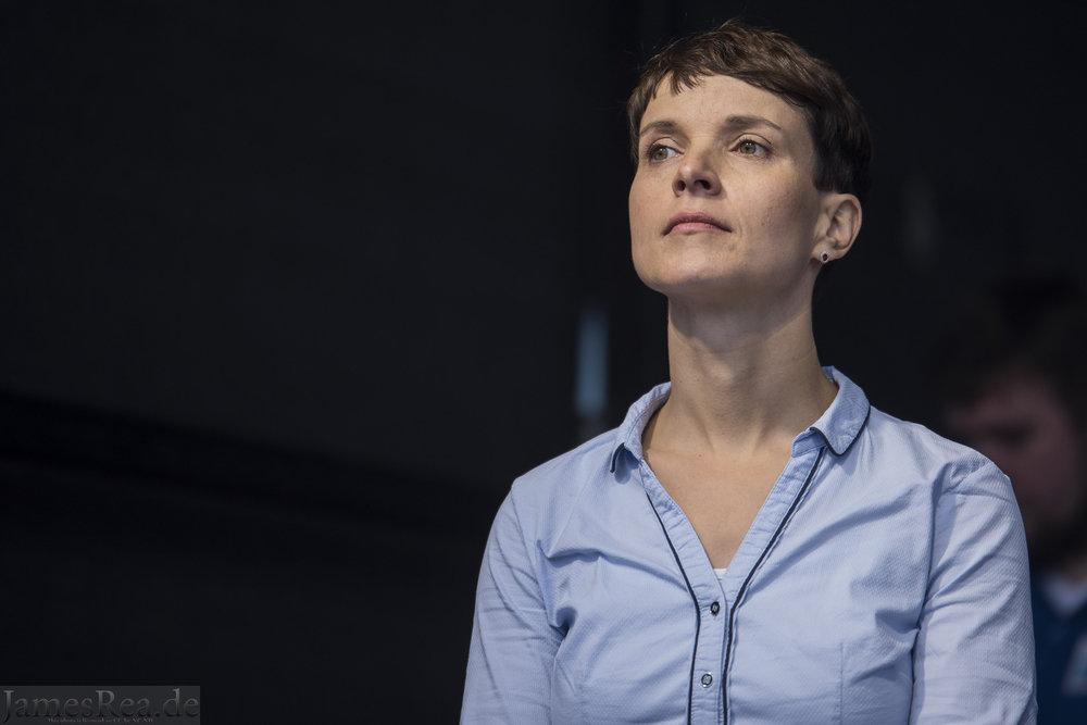 Frauke Petry, ex-Segretaria di Alternativa per la Germania. Foto: James Rea Licenza: CC 2.0