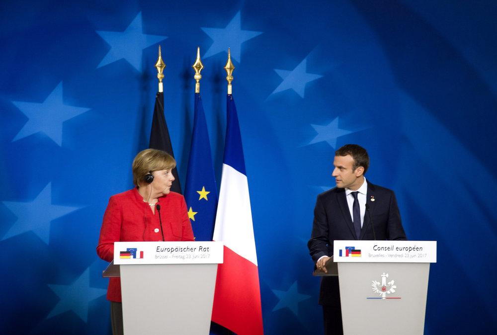 Angela Merkel ed Emmanuel Macron, l'asse franco-tedesco all'opera durante il consiglio d'Europa del 19-20 ottobre. Foto: European Council Licenza:  CC 2.0