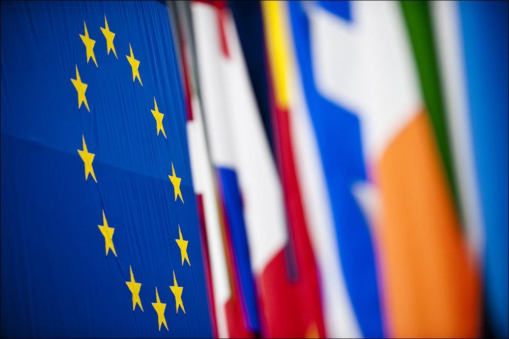 L'Europa, i suoi colori e le sue bandiere. Foto: European Parliament Licenza:  CC 2.0