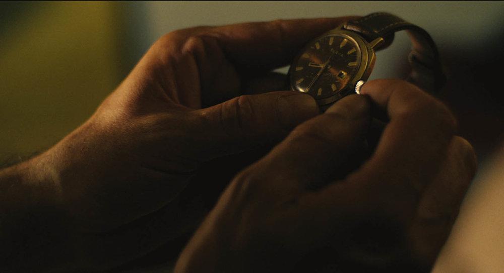 L'orologio, vero protagonista occulto del film. Foto: Glory