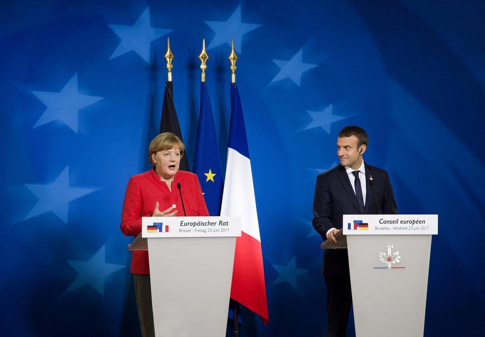 Angela Merkel e Emmanuel Macron, l'asse