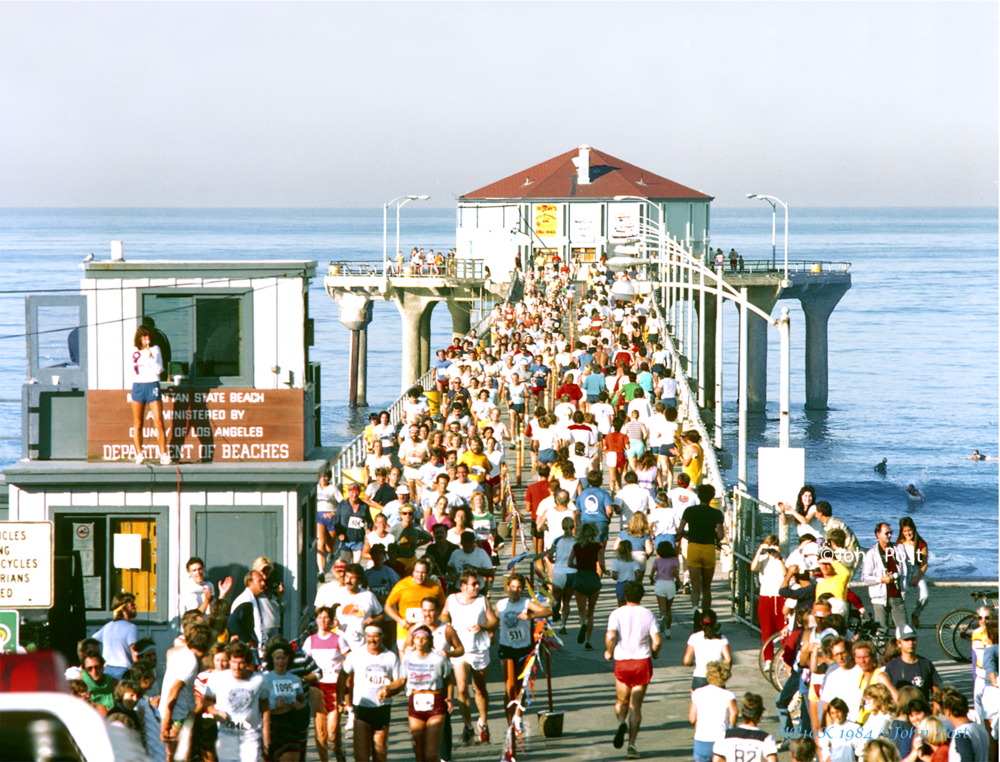 MB10K-Run-on-the MB-Pier_1984_(c)JohnPost 8x.png