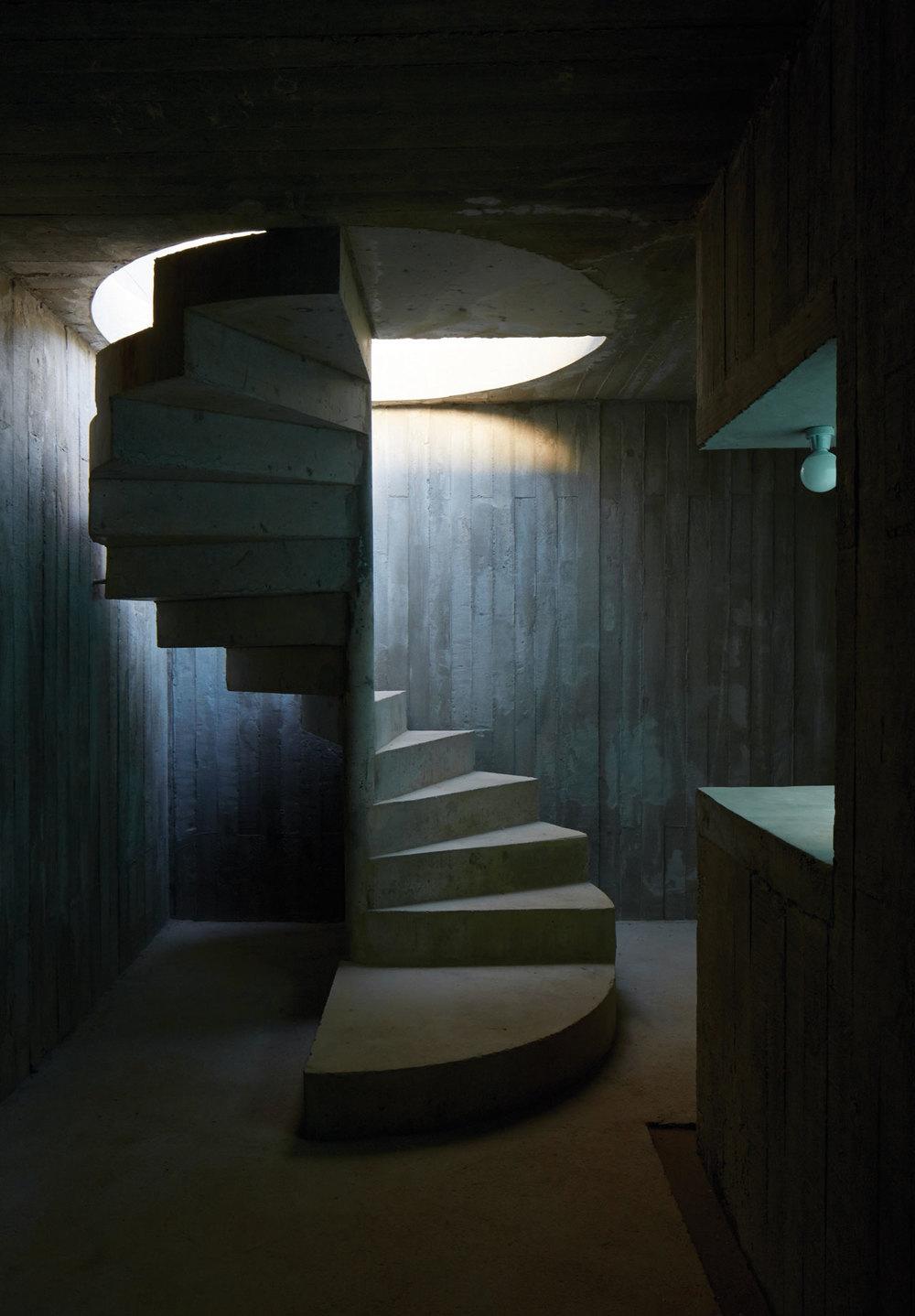 stairssmall.jpg
