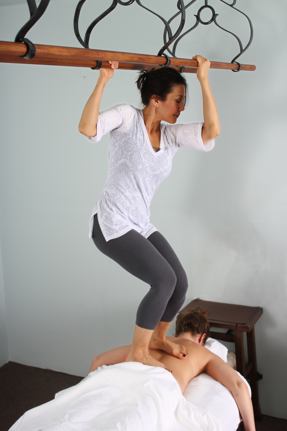 EXTENDED TWO-FOOTED ASHIATSU - $180
