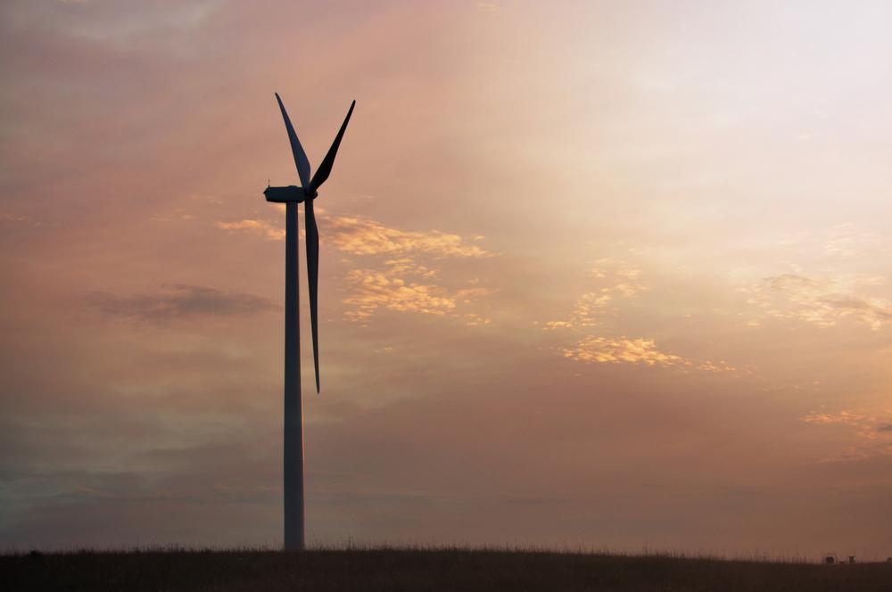 Valentine turbine at sunset.  Photo by Alison Willhoite