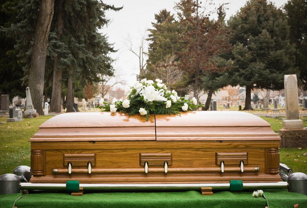 100397666-casket-burial-gettyp1.jpg