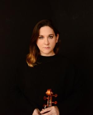 NAdia sirota, Viola Photo: Shervin Lainez