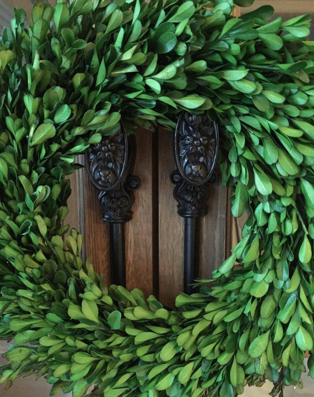 evergreen-wreath-on-double-doors.jpg
