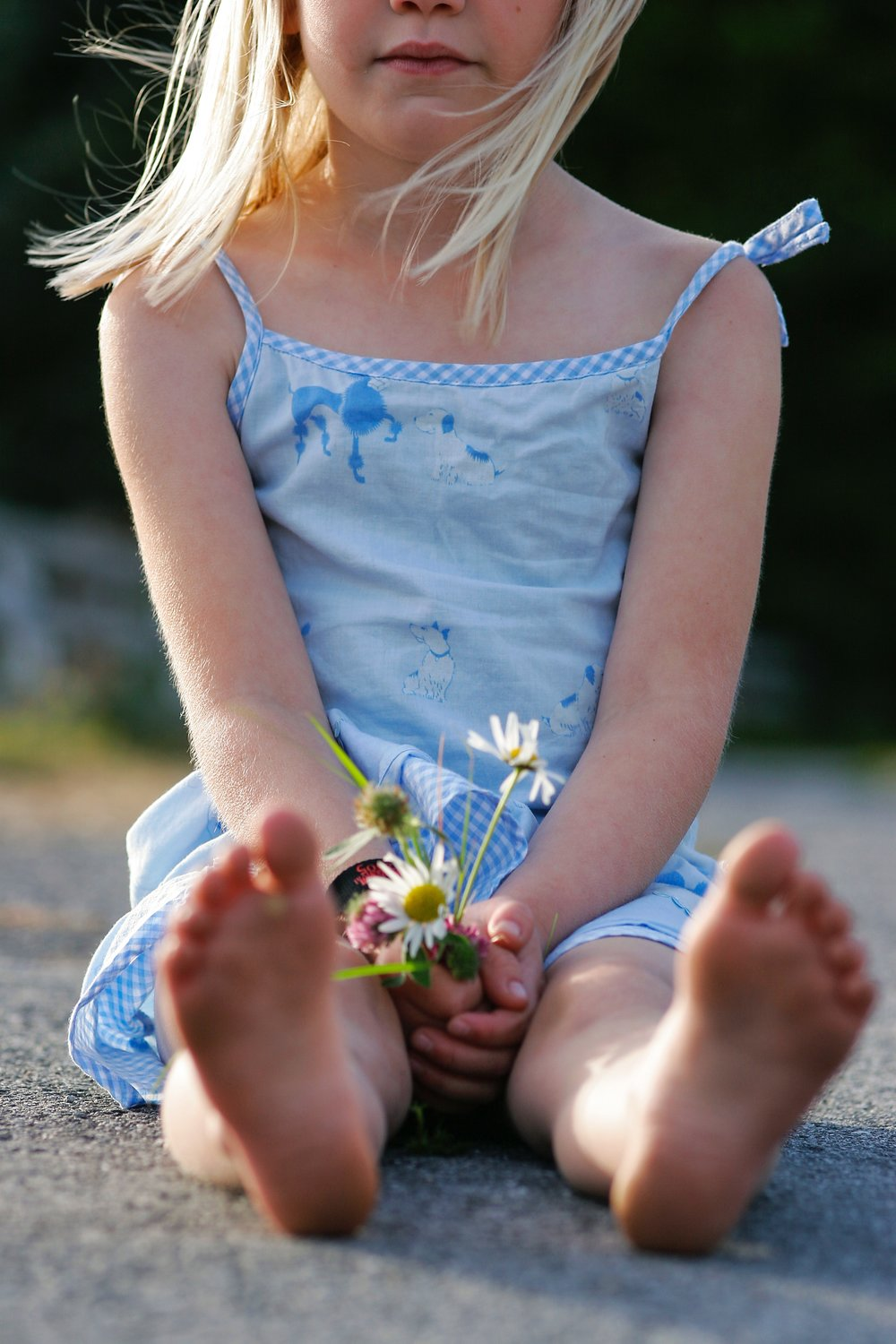 little-girl-holding-flowers.jpg
