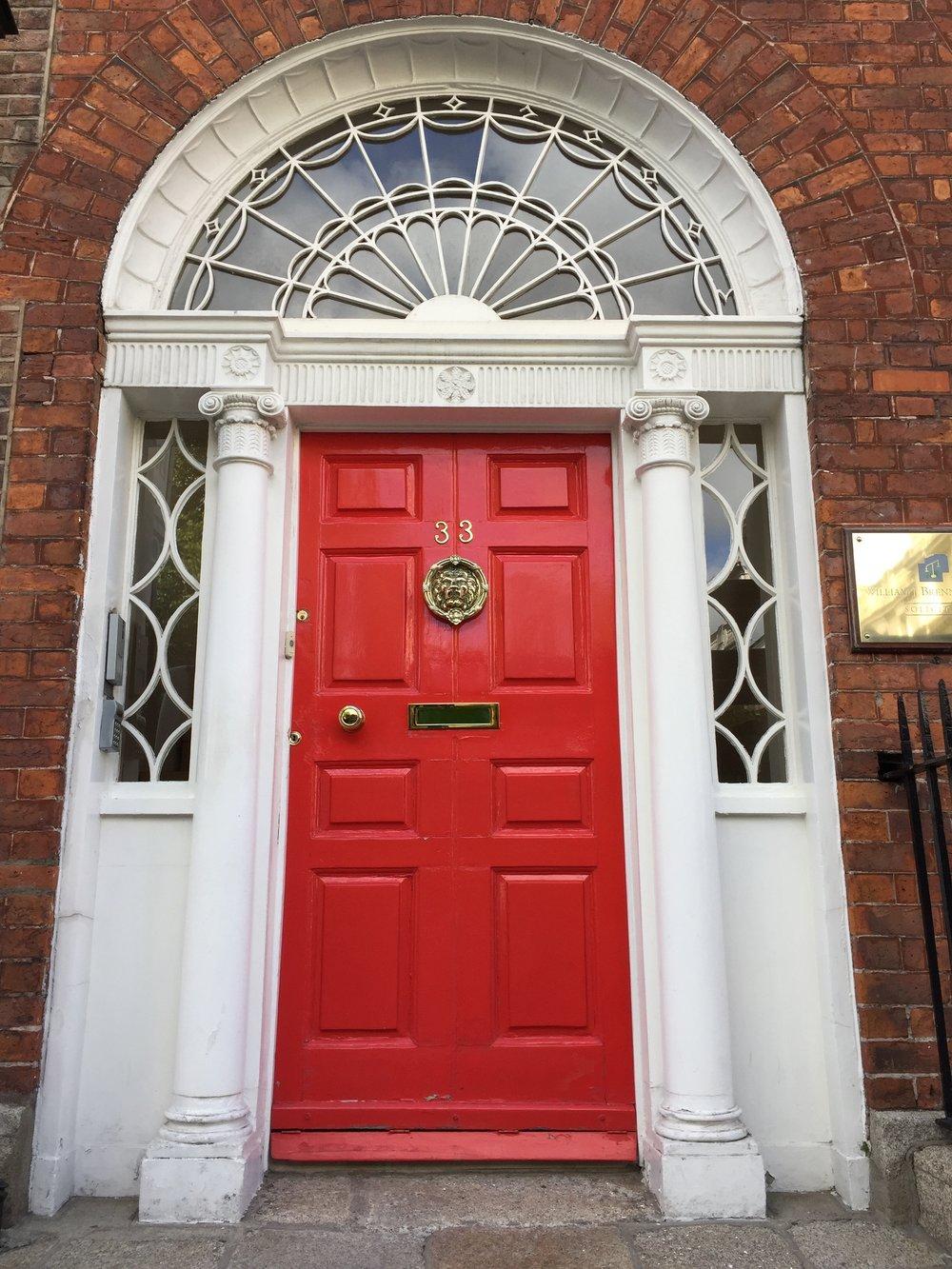 Door in the Georgian style