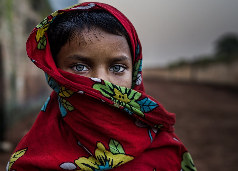 young-child-with-face-wrap.jpg