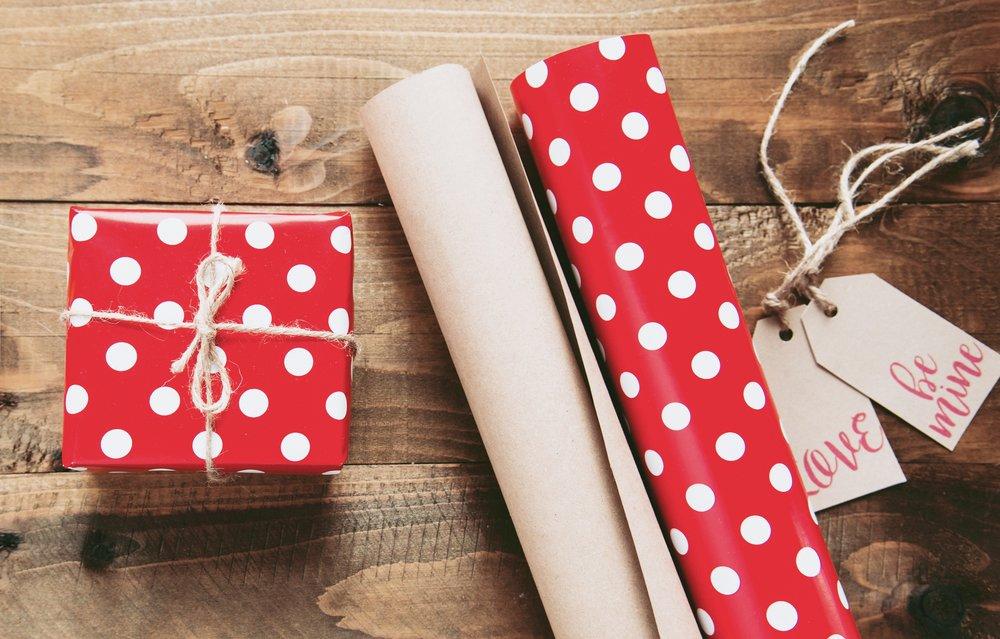 Valentine-gifts.jpg
