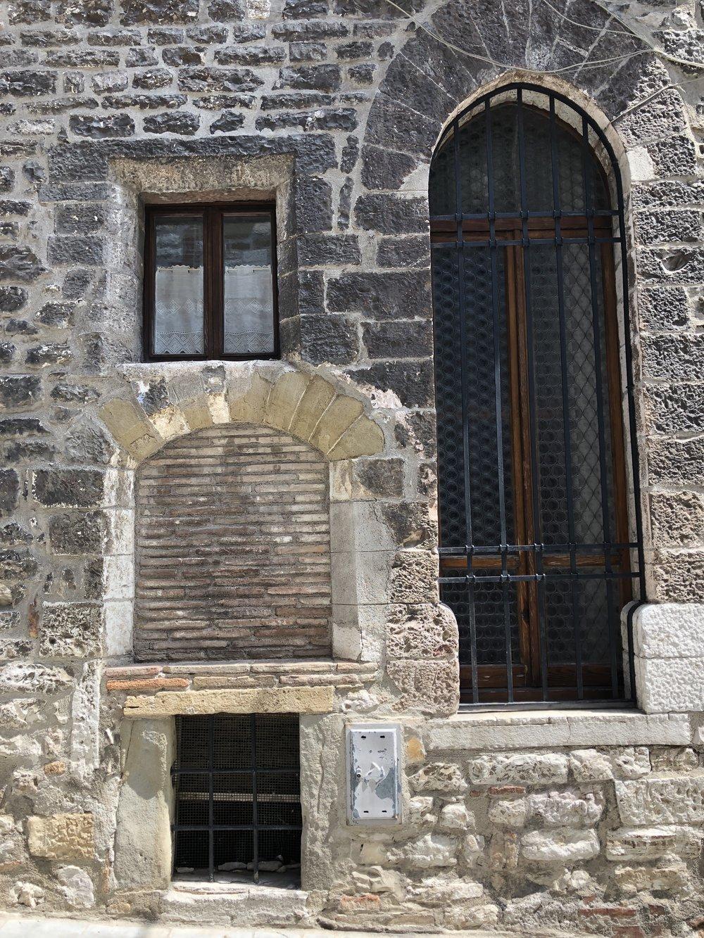 Glimsen-Gubbio-doors.jpg