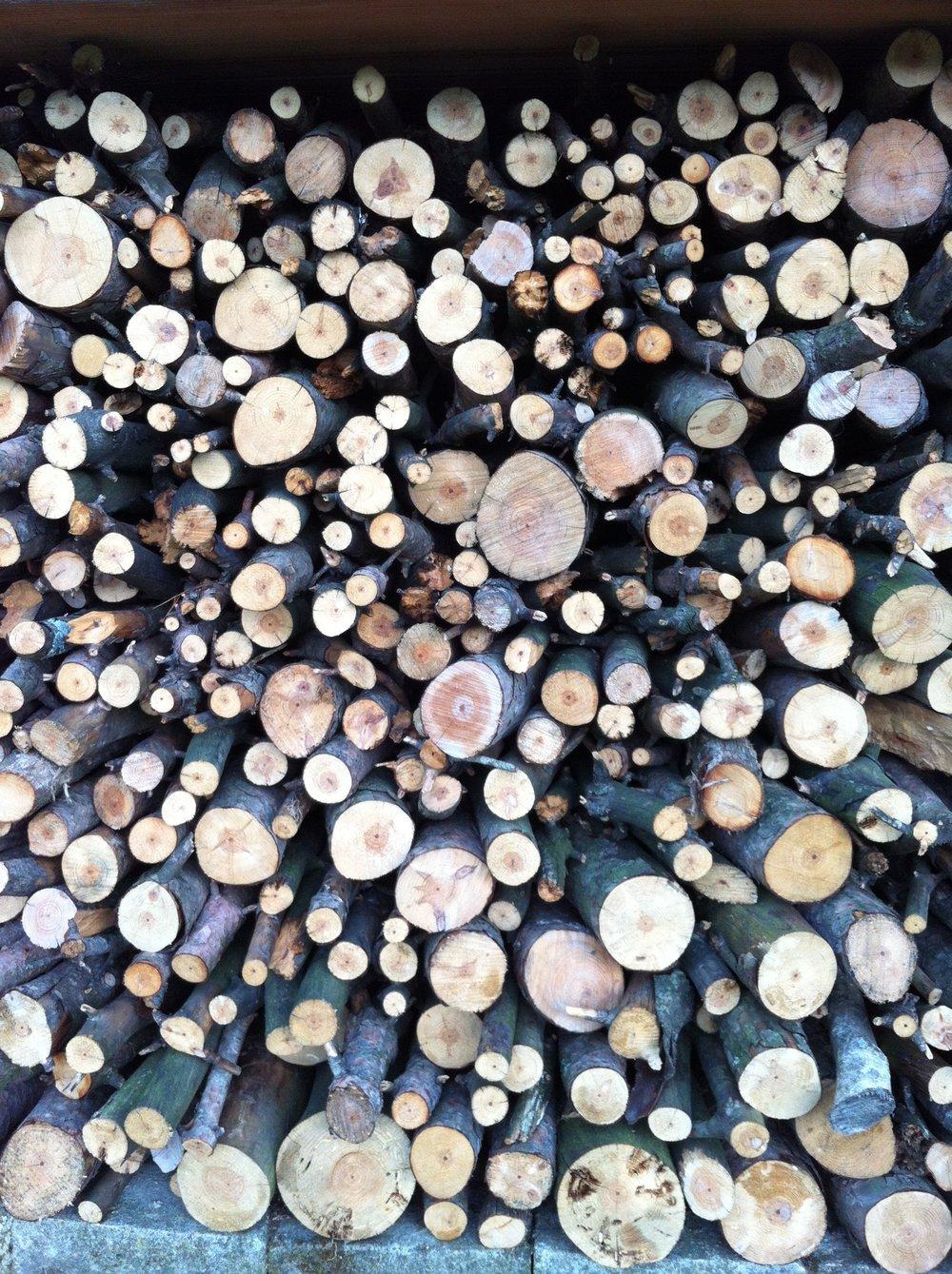 glimsen-firewood-LeVigne.JPG