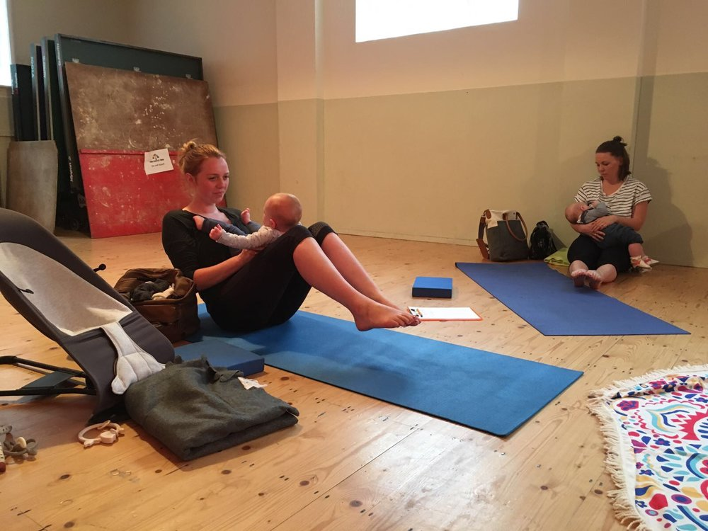 Baby + Yoga, Mum and Baby Yoga, Rocci Tree, Leighton Buzzard