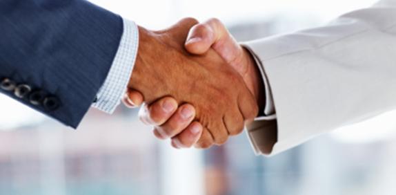 Partnership_shakinghands-Button.jpg