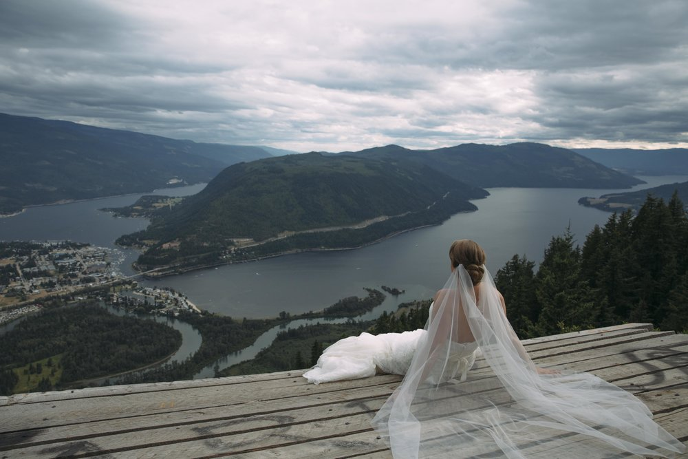 Brandy & Steven couple wedding pictures in Sicamous British Columbia.