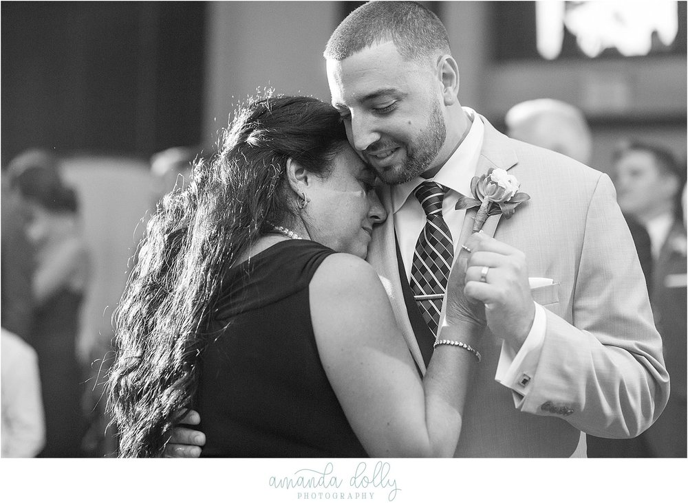 The Hilton Garden Inn Wedding Photography NJ Wedding Photographer_1402.jpg