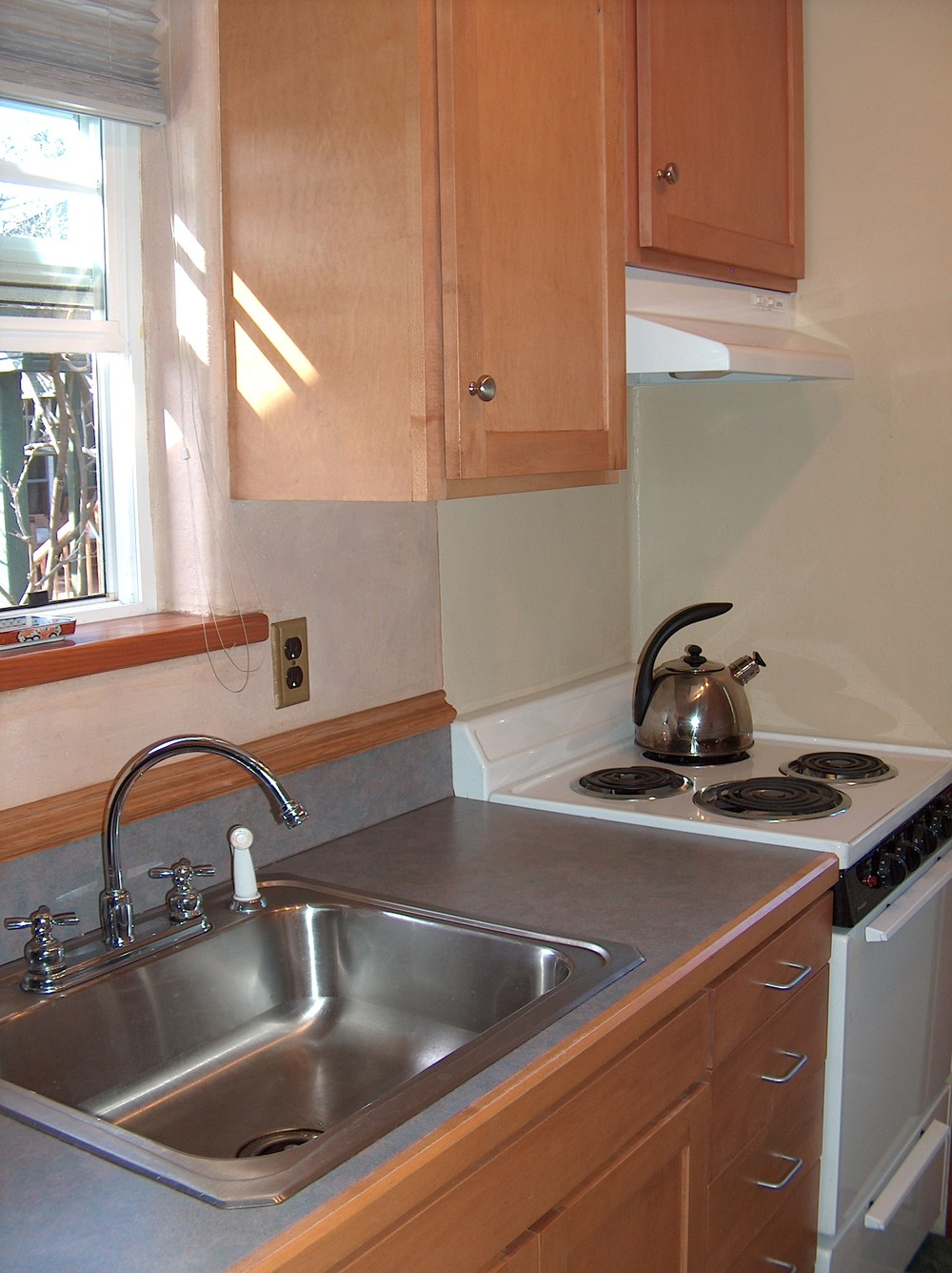 Cottage Kitchen-1.jpg