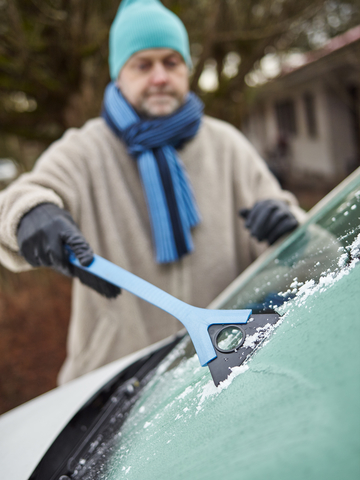 Indianapolis-Indiana-Professional-Auto-Detailer-Greenwood-Indiana-Ice-On-Car.jpg